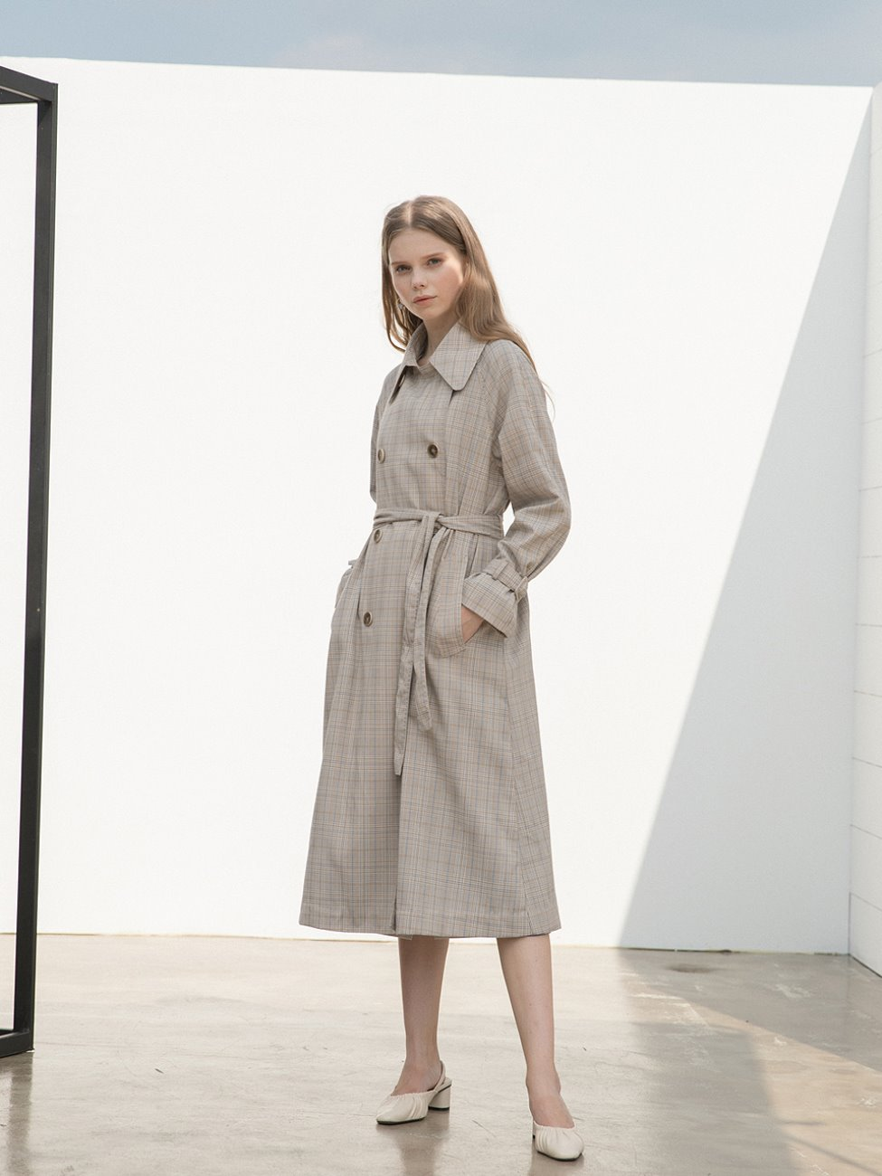 Wide Collar Trench Coat Light Beige